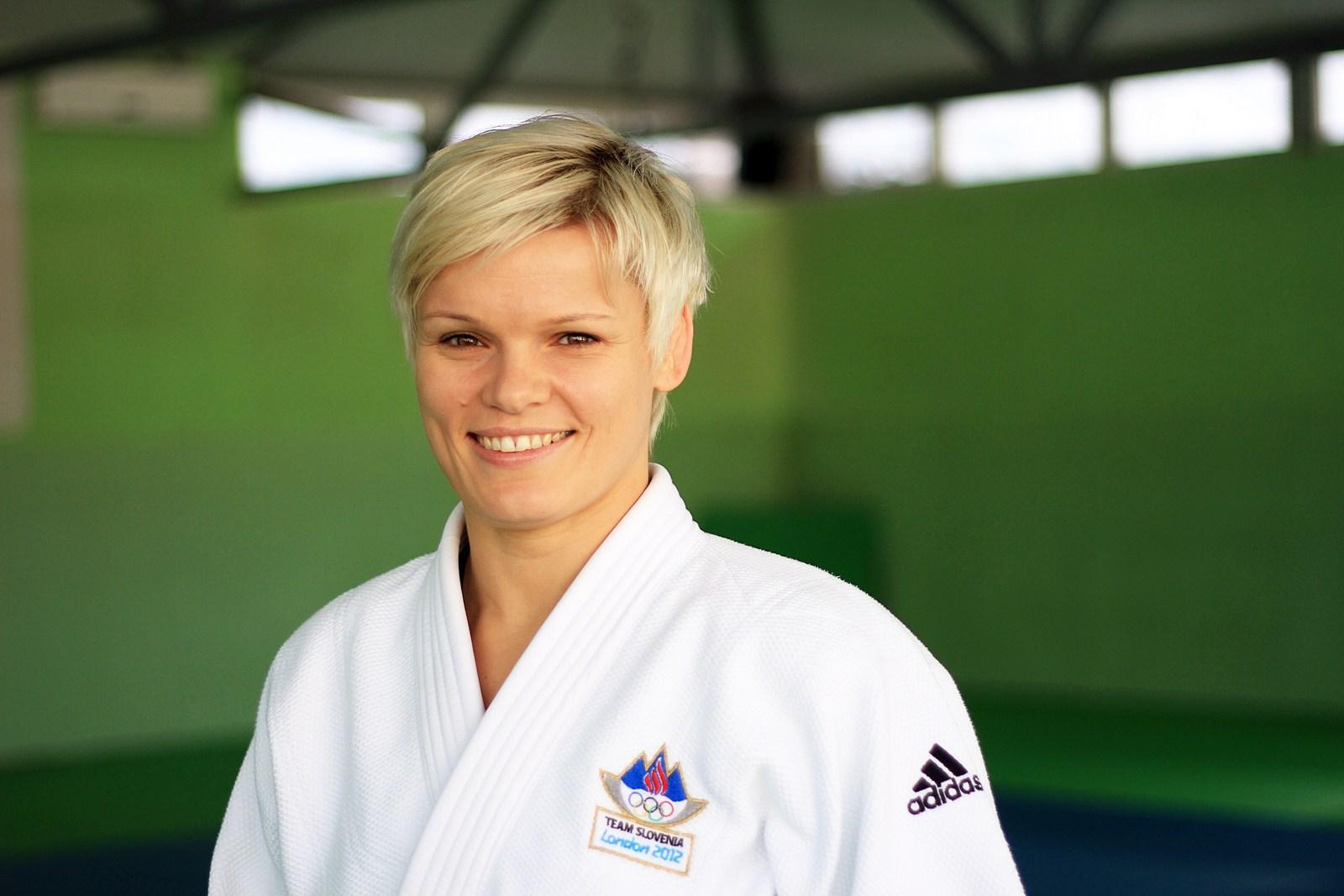 DOBA Fakulteta: Prva Slovenka z zlato olimpijsko kolajno v individualnem športu