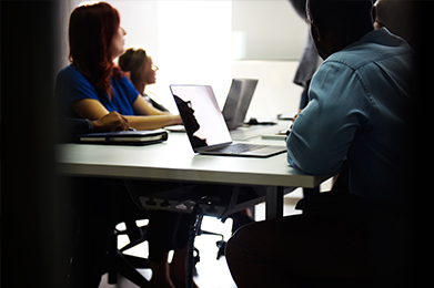 Na DOBA Fakulteti za študente in širšo strokovno javnost vsako leto organiziramo aktualne znanstvene ali strokovne konference