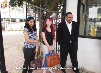 Fakulteta, ki sodeluje tudi s tujimi institucijami.